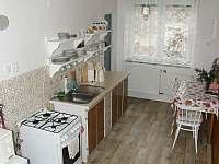 společná kuchyn pro dva pokoje - Dalečín