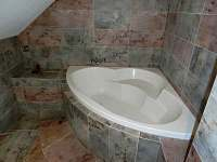 Koupelna - podkroví - Malá Losenice
