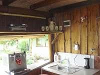 Kuchyň - chata ubytování Horní Libochová