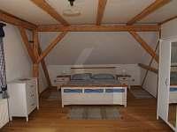 Ložnice 1 - manželská postel