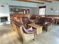 Společenská místnost s kuchyní - Telecí u Poličky