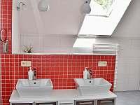 Luxusní koupelna v podkroví