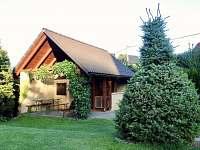 Zahradní domek s udírnou a grilem