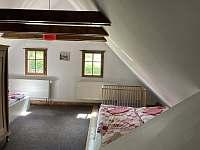 Pokoj- apartmán - pronájem chalupy Křižánky