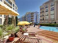 3 bazény součástí komplexu - apartmán k pronájmu Nessebar - Bulharsko