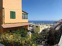 Příchod k penzionu - ubytování Playa de Mogán, Gran Canaria
