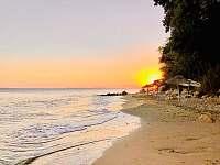 soukromá pláž náležící k objektu - Svatý Vlas - Elenité, Bulharsko