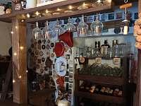 bar ve sklípku - chalupa k pronájmu Pivoň