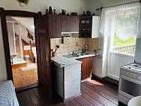 kuchyň v patře - Pivoň