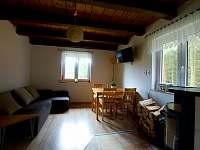 Obývací pokoj - pronájem chaty Mrákov - Mlýneček