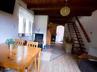 Pohled z obývacího pokoje - chata k pronájmu Mrákov - Mlýneček