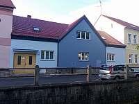 Pohled na dům - apartmán ubytování Domažlice