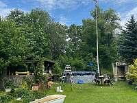 bazén - pronájem chalupy Bochov