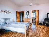 Ložnice - apartmán k pronajmutí Smederov