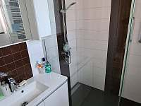koupelna - chalupa k pronájmu Žihle