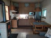 Chata u Dubu - kuchyně 2 - k pronájmu Újezd nade Mží