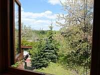 výhled z okna v ložnici - chalupa k pronájmu Teplá - Rankovice