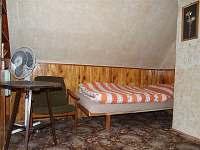 1.průchozí ložnice