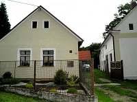 Západní Čechy: Chalupa k pronajmutí