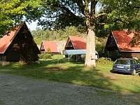 Levné ubytování Lom Okrouhlák Chatky na horách - Brod nad Tichou - Planá
