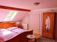 ložnice 3 osoby - Kundratice