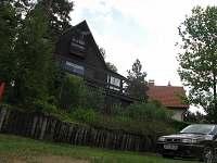 celkový pohled - chata k pronájmu Komušín u Horažďovic