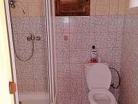 Koupelna - chatky k pronájmu Butov