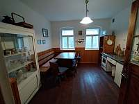 Apartmán A - kuchyň - chalupa ubytování Hleďsebe - Bystřice