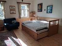 Apartmán A - obývací pokoj - chalupa ubytování Hleďsebe - Bystřice