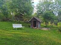 dětské pískoviště s domečkem - chalupa k pronajmutí Hleďsebe - Bystřice