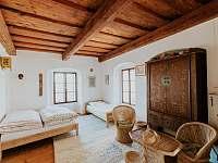 Historická Villa Brod - vila k pronajmutí - 11