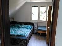 ložnice malá se 3 lůžky + 1 přistýlka