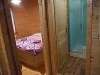 vchod ložnice+koupelna