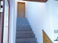 schody do 1.poschodí