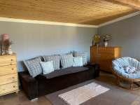 Pokoj 2. - rozkládací gauč, společenská místnost - chalupa k pronajmutí Děpoltovice