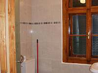 koupelna v pokoji č. 1 - chata k pronajmutí Bečov nad Teplou