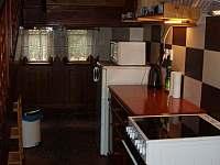 kuchyňský koutek - pronájem chaty Bečov nad Teplou