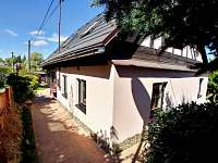 Dům - pohled z boku - Krajková