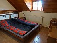 dvoulůžkový pokoj - chalupa ubytování Osvračín