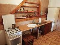 Kuchyně - chalupa k pronajmutí Osvračín