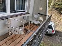 Balkon - chata ubytování Pňovany