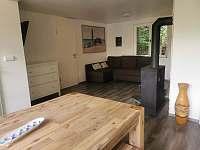 obývací pokoj - chata k pronajmutí Pňovany