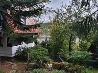 výhled z chaty - k pronájmu Pňovany