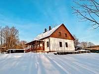 chalupa v zimě - apartmán ubytování Milhostov u Mariánských Lázní