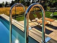 detail bazén - Milhostov u Mariánských Lázní