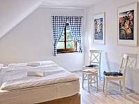 ložnice apartmán č. 1 - k pronájmu Milhostov u Mariánských Lázní