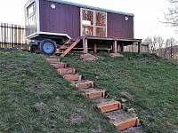 Maringotka v Sezemíně - chata ubytování Sezemín