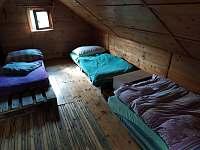 Spaní v horním patře - Tlumačov