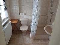 Koupelna pokoj č. 1 - apartmán k pronájmu Bečov nad Teplou