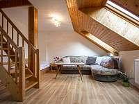 Apartmán 4 - obývací prostor - Přetín
